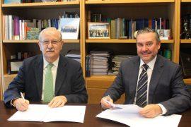 La Fundación para la Protección Social de la OMC y el COPAC firman un acuerdo para crear un programa de atención a la salud de los pilotos